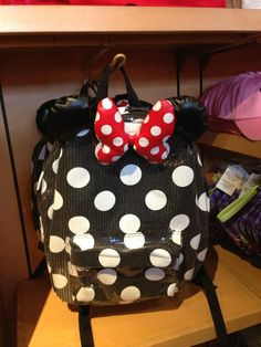 Minnie Mouse bag at Disney Disney World Merchandise, Disney Style, Disney Love, Disney Magic, Disney Ideas, Minnie Mouse Backpack, Mickey Minnie Mouse, Disney Mickey, Downtown Disney