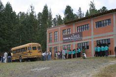 11-Inauguración Sede Sonsón. 2006 College Life