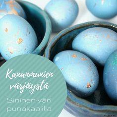Kananmunien värjäystä - kaunis sinisen sävy syntyy punakaalilla - Taidekoti