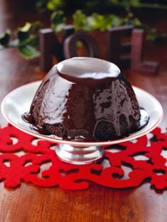 Chocolate Pudding for Christmas Pudding Haters With Hot Chocolate Sauce Steamed Chocolate Pudding, Steamed Pudding Recipe, Hot Chocolate Sauce, Chocolate Sauce Recipes, Chocolate Desserts, Xmas Food, Christmas Sweets, Christmas Cooking, Chocolate Christmas Pudding