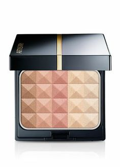 Love the ability to contour with this product and I love the sparkles!