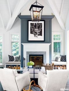 Small Living Room Design with Fireplace. Small Living Room Design with Fireplace. 20 Living Room with Fireplace that Will Warm You All Winter Fireplace Between Windows, Tall Fireplace, Fireplace Wall, Living Room With Fireplace, Fireplace Design, Fireplace Mantels, Farmhouse Fireplace, Fireplace Ideas, Mantle