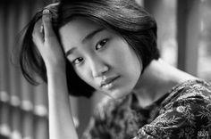 film, bw, bnw, black&white, analogue, ilford, ilford hp5, girl, mood, nikonf100, shenzhen, china, f100, 35mm, 50mmf1.4