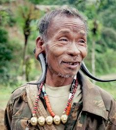 India | Head hunter.  Nagaland | ©Christa Neuenhofer