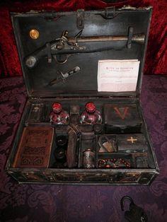 Original Vampire Killing - 1777 Philadelphia with Flintlock & Cross Stakes, Hand Crafted by world reknown artist CRYSTOBAL - Slayer, Hunter.
