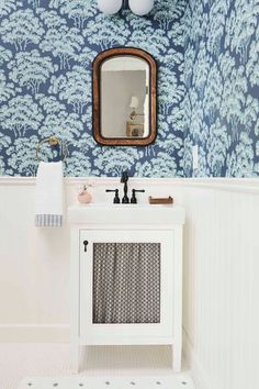 Our Go-To Cabinet Hardware Placement   60 Of Our Shoppable Favorites - Emily Henderson #hardware #kitchentrends #bathroomtrends #cabinethardware Bathroom Trends, Kitchen Trends, Decorating Small Spaces, Interior Decorating, Farmhouse Side Table, Small Furniture, Bathroom Styling, Cabinet Hardware, Attic Bathroom