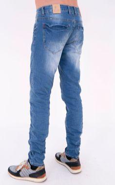 Jeans Skinny com lavagens
