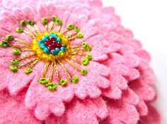 Beautiful Felt Embroidered Flowers | ... Felt Flower with Embroidery by Ikuko Fujii--such beautiful embroidered