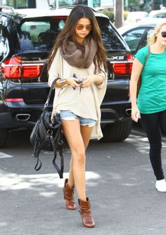 Selena Gomez Out For Lunch