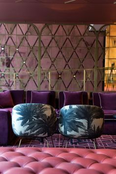 Amazing Restaurant interior design ideas stylish Cafe Interior Design projects Bar interiors with chic seating barstools and lighting. Dazzling Design Projects from Lighting Genius DelightFULL Mid-century Interior, Restaurant Interior Design, Interior Design Kitchen, Interior Decorating, Design Hotel, 2018 Interior Design Trends, Purple Interior, Apartment Interior, Luxury Restaurant