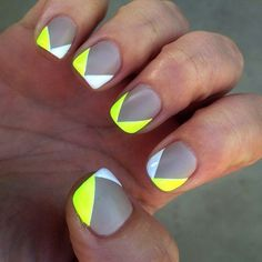 I wanna do this with pale blue instead of neon Gray white and yellow v-shaped nail art design. Have your nails don contrasting colors with this great combination of light and neo nail polishes. Grey Nail Art, Gray Nails, Neon Nails, Love Nails, How To Do Nails, Yellow Nails, Bright Nails, White Nails, Fancy Nails