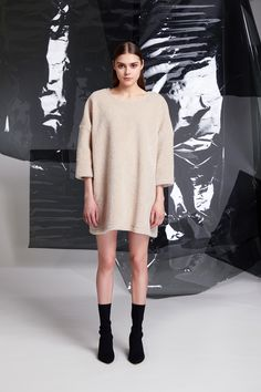Photographer: Paavo Lehtonen MUAH: Piia Hiltunen Stylist: Shadi Razavi Model: Christina Shevelkova Red Moon, Colorful Leggings, How To Make, How To Wear, Tights, Feminine, Wool, Finland, Squares