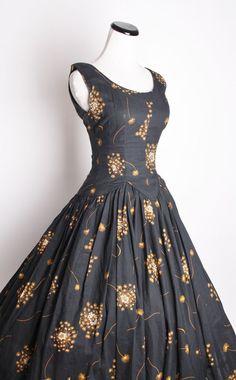 Resultado de imagen de 50s flecked party  dress