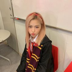 Find images and videos about kpop, k-pop and harry potter on We Heart It - the app to get lost in what you love. Kpop Girl Groups, Korean Girl Groups, Kpop Girls, Mamamoo, Mode Rose, Youre Mine, Im Nayeon, Grunge Hair, Thing 1
