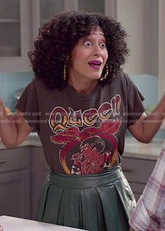 Rainbow's Queen tee and green leather midi skirt on Black-ish.  Outfit Details: http://wornontv.net/52022/ #Blackish