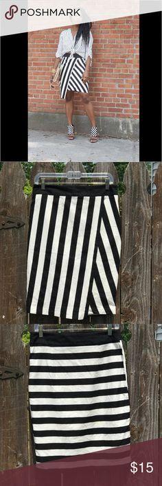 "Zara Basic Striped Sarong Skirt Size M ZARA Black and White Striped Sarong Asymmetrical Pencil Skirt Size M 80%cotton 20% Polyester Length 23"" Waist 30"" Zara Skirts Asymmetrical"
