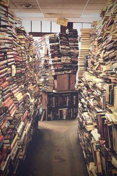 bibliotecas derruidas