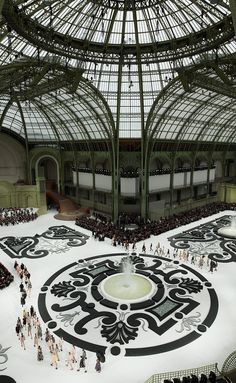 Chanel S/S 2011, a french garden, Grand Palais, Paris