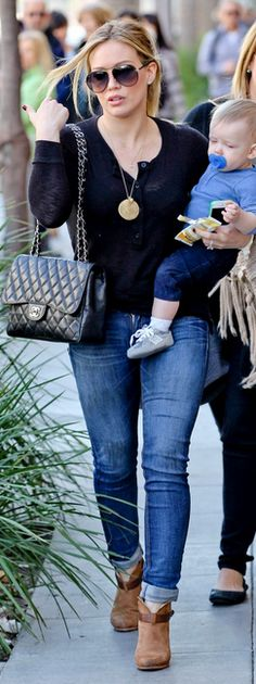 Who made Hillary Duff's black quilted handbag and tan boots that she wore in Beverly Hills on December 22, 2012?