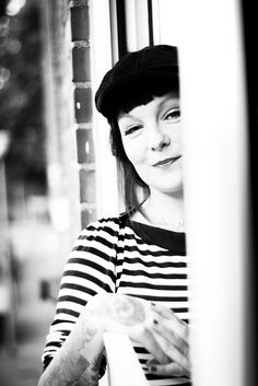 Andreas Völker – Fotografie in Münster (Rock'n'Klick) » Fensterblicke (Portraitsession mit @hexenliebe)