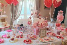 L'anniversaire d'Ambre sur le thème de la fête foraine avec un vrai manège Les Themes, Ambre, Candy Buffet, Bowl, Table Settings, Table Decorations, Sales, Dinnerware, Cooking
