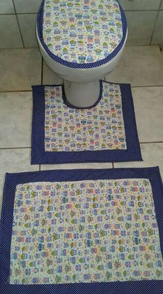 Bow Pillows, Toilet Mat, African Home Decor, Diy Home Crafts, Home Decor Kitchen, Applique Designs, Hand Embroidery, Decoration, Quilts