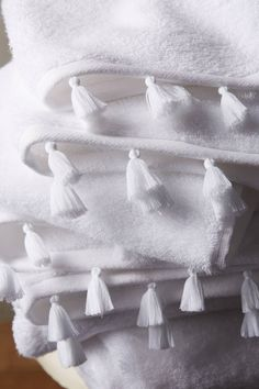 Slide View: 2: Joi Tasseled Towel Collection