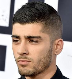 Fashionable Men's Haircuts. : Zayn Malik Short Men's Haircuts – Ivy League Crew Cut For Guys Fashionable Men's Haircuts : Zayn Malik Short Men's Haircuts – Ivy League Crew Cut For Guys -Read More – Army Haircut, Crew Cut Haircut, Fade Haircut, Haircut Style, Style Hair, Popular Mens Hairstyles, Cool Mens Haircuts, Popular Haircuts, Men's Haircuts