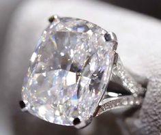 A 45ct Graff diamond ring - WOW