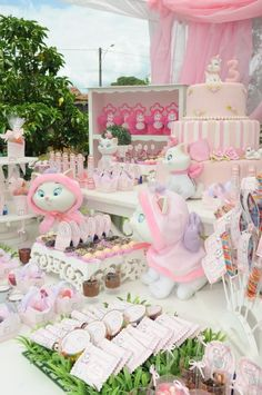 Mundo rosa da gatinha Marie