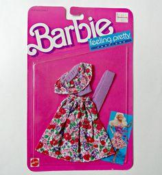 Vintage Barbie Feeling Pretty Fashion 1525 de ABarbieGal en Etsy https://www.etsy.com/es/listing/199326612/vintage-barbie-feeling-pretty-fashion