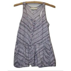 Pins & Needles Sleeveless Sz XS Peplum Tank Top Pins and Needles Urban Outfitters Sz XS Purple Geometric Peplum Cotton Tank Top ✨ Brand: Pins and Needles Size: XS Pattern: Geometric Material: 100% Cotton Chest/Bust: 32-34 inches Total Length: 25 1/2 inches Urban Outfitters Tops Blouses
