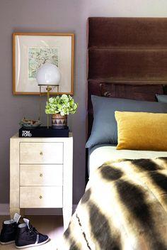 Masculine bedroom styling Design by Benjamin Vandiver Futon Bed, Kings Of Leon, Dream Home Design, Eclectic Decor, Eclectic Bedrooms, Modern Decor, House Tours, Bedroom Decor, Master Bedroom