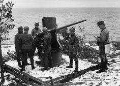 Finnish artillery on Puutsaari in Ladoga in the Continuation War.Finland had 3 wars from 1939 to 1945