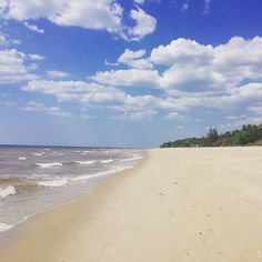 31km de marche sous le soleil et en bord de mer ça fait du bien ! #voyage #travel #madagascar #marche #plage #majunga by chris_voyage #travel