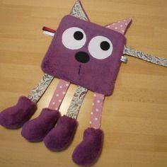 Doudou plat chat violet - écru - rose