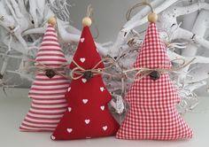 Baumschmuck: Stoff - Weihnachtsbaumschmuck Tannenbaum Landhaus - ein Designerstück von Feinerlei bei DaWanda