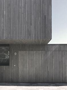 55 ideas exterior facade architecture texture for 2019 House Cladding, Timber Cladding, Exterior Cladding, Facade House, Wood Architecture, Minimalist Architecture, Residential Architecture, Architecture Details, Facade Design