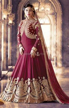 Looking to buy Anarkali online? ✓ Buy the latest designer Anarkali suits at Lashkaraa, with a variety of long Anarkali suits, party wear & Anarkali dresses! Robe Anarkali, Costumes Anarkali, Indian Anarkali, Anarkali Suits, Punjabi Suits, Anarkali Churidar, Lehenga Choli, Indian Sarees, Designer Salwar Suits