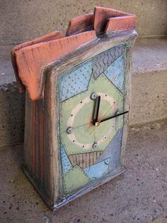 Tatjana Dejanović. Ceramic clock.