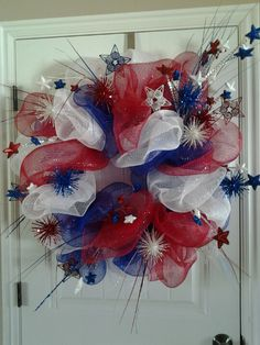 4th of July wreath looks like firecrackers are coming out of there!