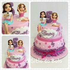 e a Beatriz Birthday Cake, Cakes, Desserts, Tailgate Desserts, Deserts, Cake Makers, Birthday Cakes, Kuchen, Cake