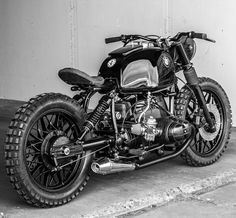 Tasty BMW R100 Custom