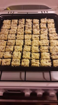 Krispie Treats, Rice Krispies, Cereal, Bakery, Muffin, Naan, Breakfast, Desserts, Food
