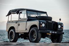 1972 Land Rover Series 3 Defender | HiConsumption