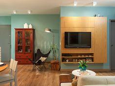 Residência Maynard | Isabela Bethônico Arquitetura. Sala / Estilo despojado é garantido pelas cores