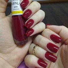 Up To Date With These Great Designs for Red Nails – My hair and beauty Love Nails, How To Do Nails, Fun Nails, Luxury Nails, Elegant Nails, Classy Nails, Fall Nail Designs, Super Nails, Nail Polish Colors