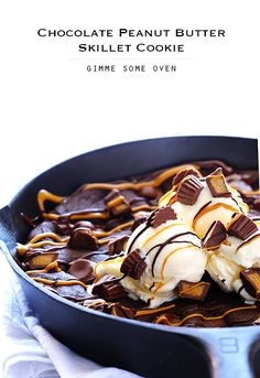 Gimme Some Oven | Chocolate Peanut Butter Skillet Cookie | http://www.gimmesomeoven.com