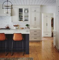 Beautiful custom kitchen by AmberInteriors with putty kitchen cabinets. #kitchendesign #puttycabinets #puttypaintcolor #mushroompaintcolor Kitchen Furniture, Kitchen Interior, New Kitchen, Kitchen Dining, Kitchen Decor, Bathroom Interior, Kitchen Island, Kitchen Cabinets That Sit On Countertop, Kitchen With White Countertops