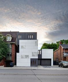 Mount Pleasant House / Roundabout Studio